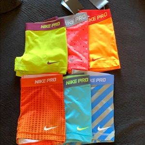 Lot of 6 Nike compression shorts size small